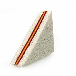 Чистете с настроение: гъба с формата на сандвич