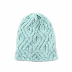 Дамска шапка в пастелни цветове