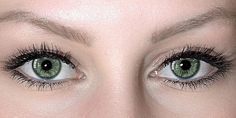 Зелени очи